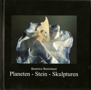 Planeten - Stein - Skulpturen